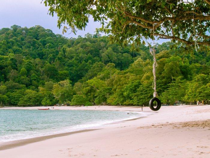 Plage de Coral beach à Pangkor, Malaisie