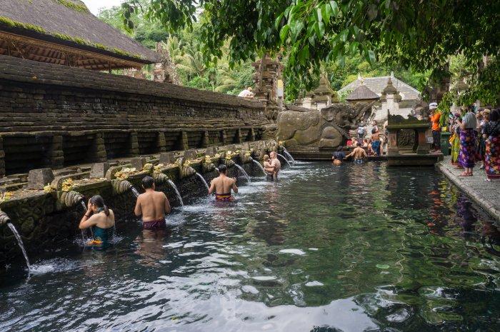 Bains sacrés de Tirta Empul, Bali