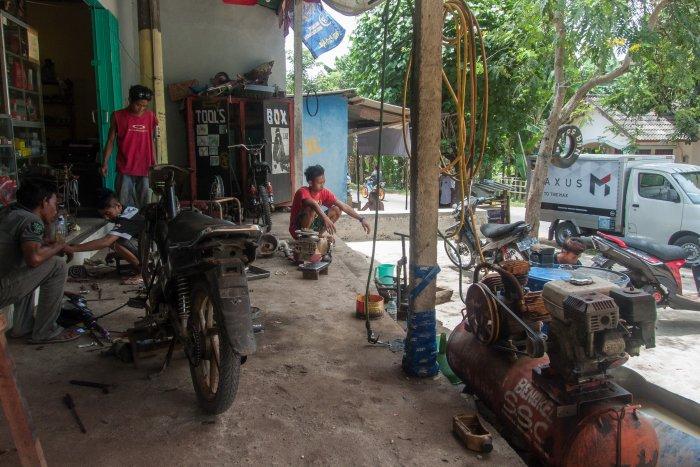 Garagiste à Lombok