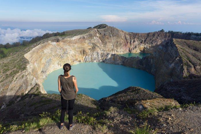 Lac coloré du Volcan Kelimutu, Florès, Indonésie