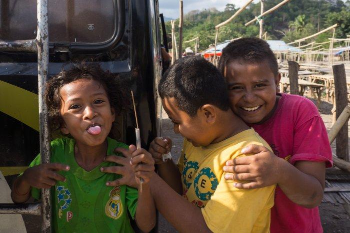 Enfants indonésiens à Florès
