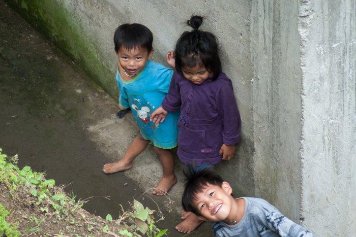 Enfants à Batad, Philippines