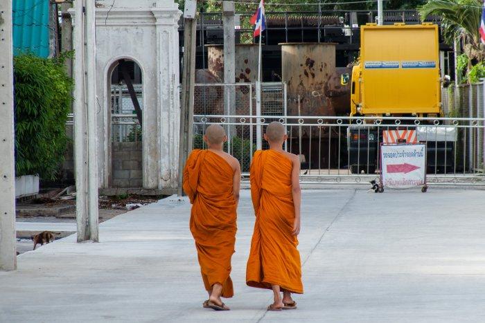 Moines à Bangkok