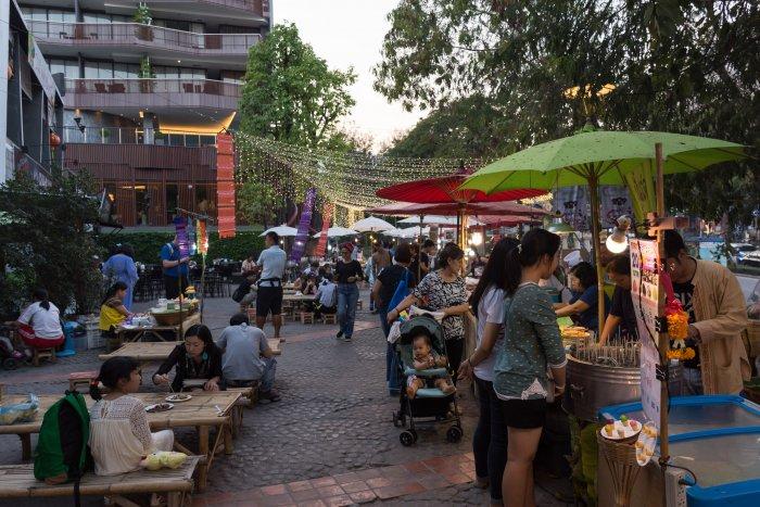 Marché de nuit à Nimman, Chiang Mai
