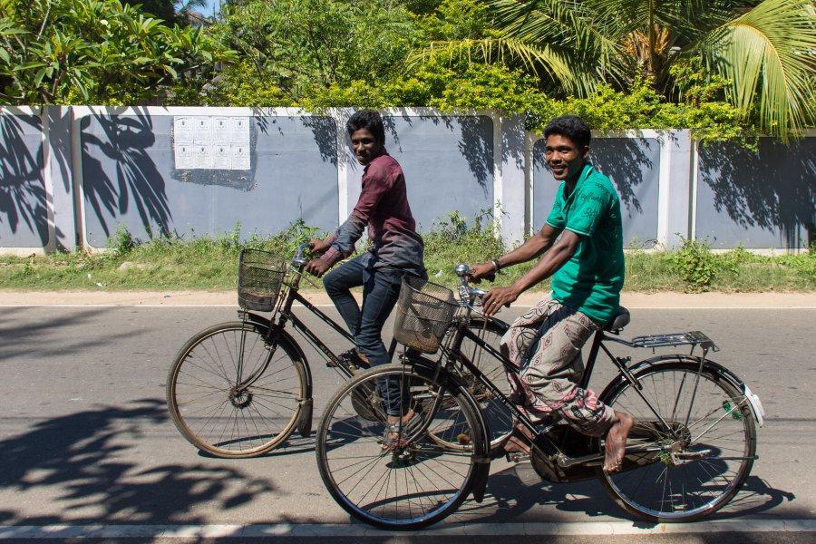 Sri Lankais à vélo à Jaffna