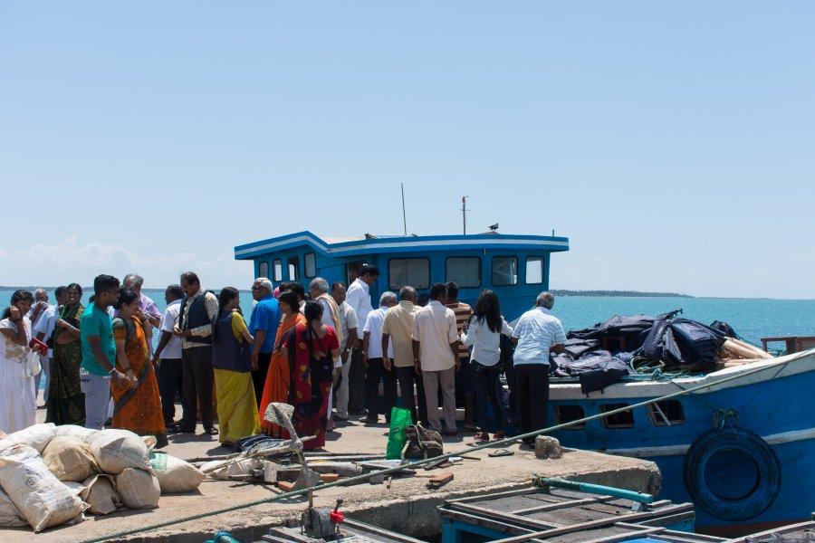 Bateau de Jaffna à Nainativu