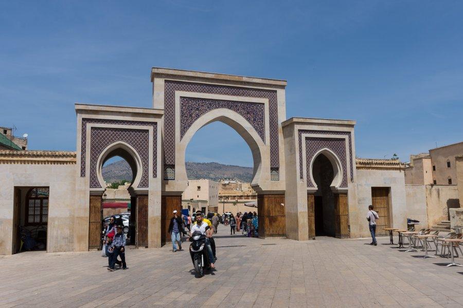 Entrée dans la Medina de Fès, Maroc