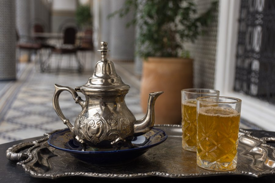 Thé à la menthe au Maroc