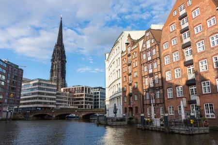 Hambourg sous le soleil