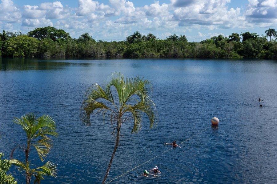 Cenote Azul, Bacalar, Mexique