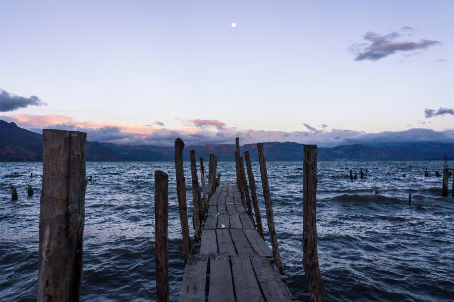 Coucher de soleil au lac Atitlán, Guatemala