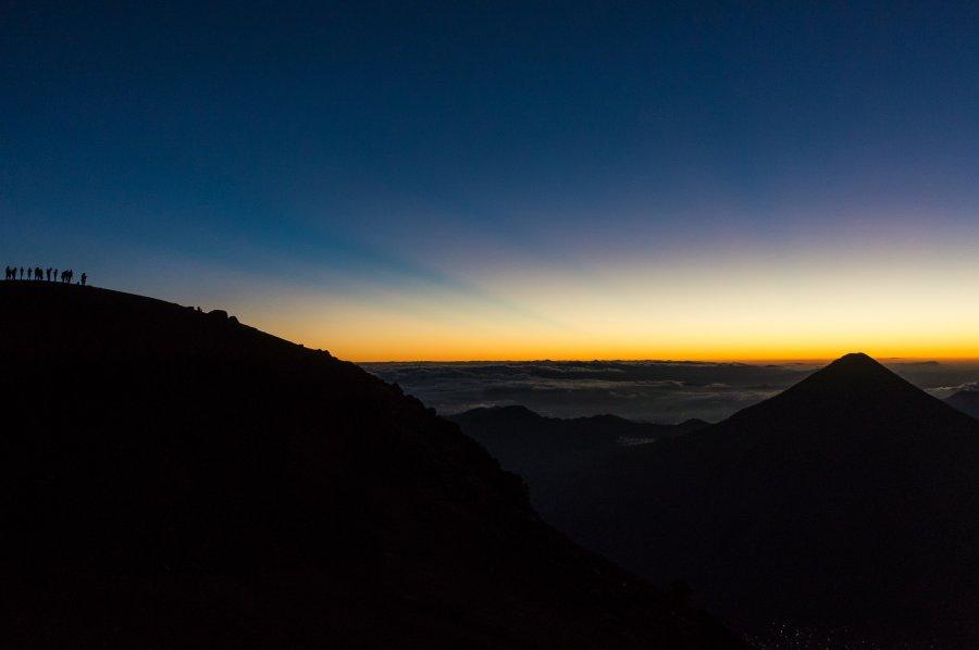 Lever de soleil au sommet de l'Acatenango, Guatemala