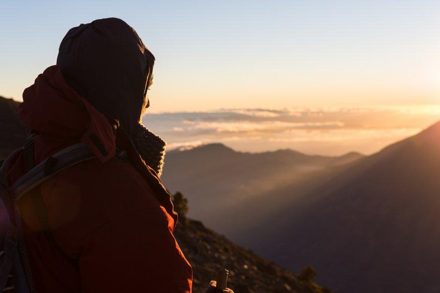 Lever de soleil au sommet du volcan Acatenango