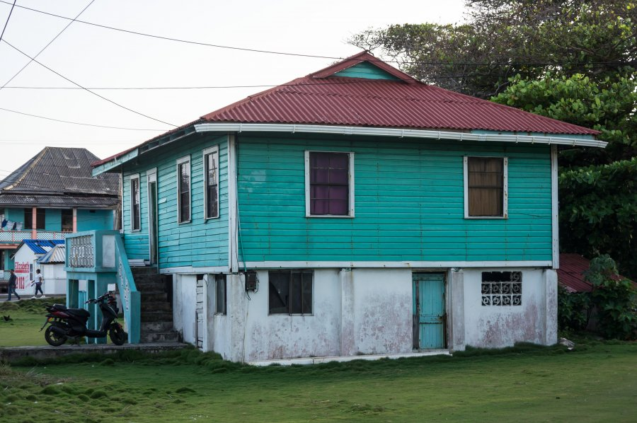 Maisons traditionnelles à San Andres, Colombie