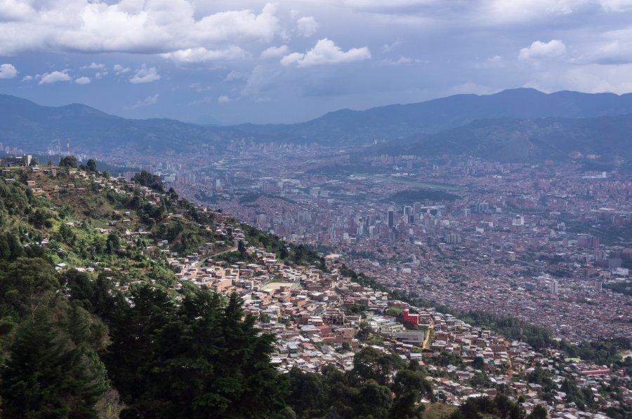 Vue aérienne sur Medellín, Colombie
