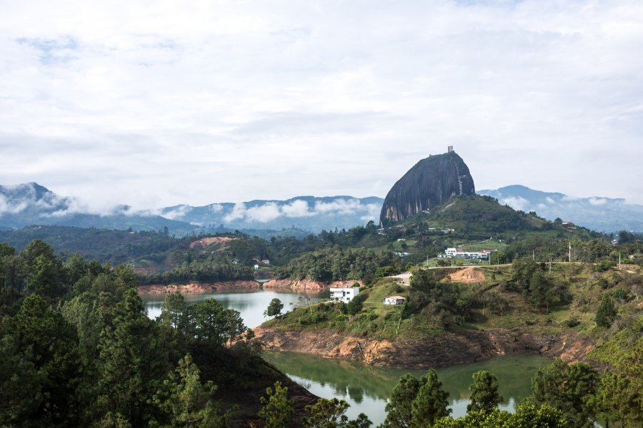 Peñon de Guatapé ou Piedra del Peñol