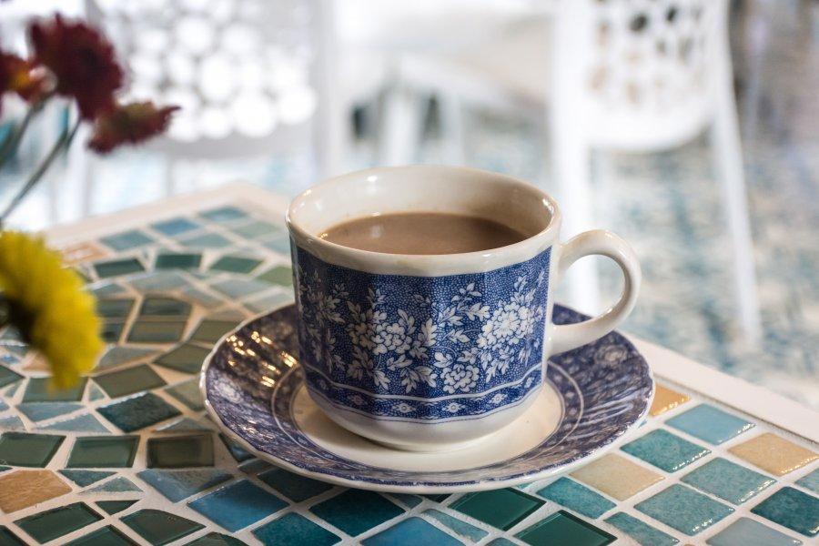 Tasse de chucula, un chocolat chaud colombien