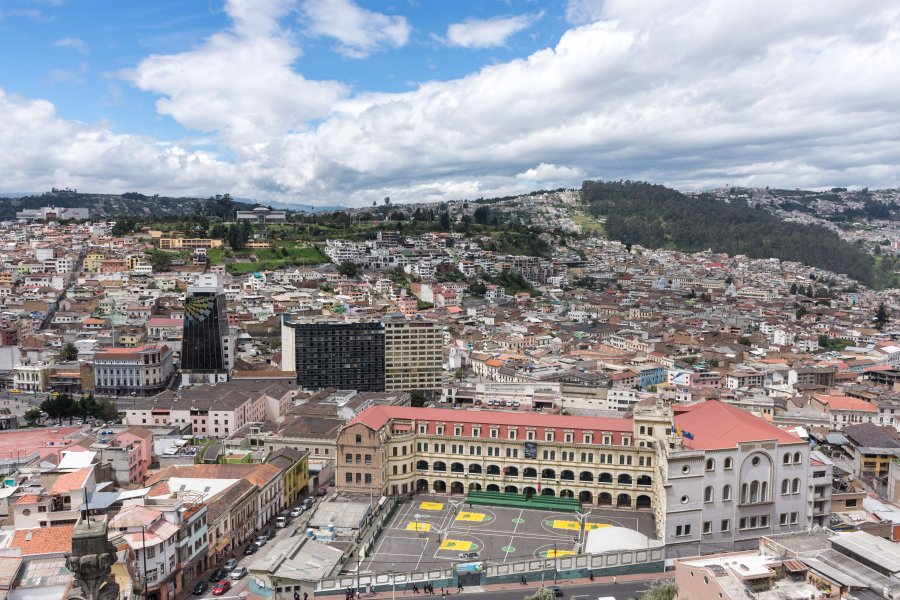 Vue sur Quito depuis la basilique