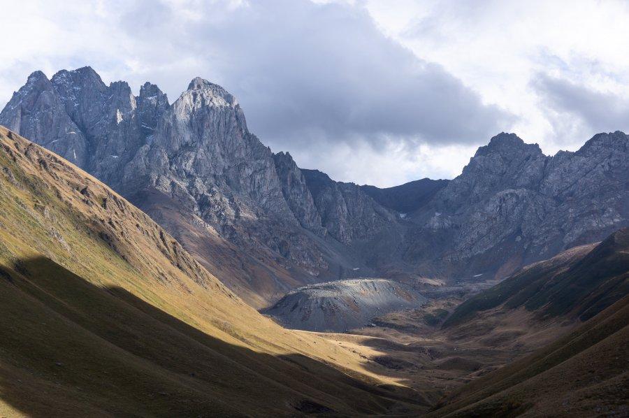 Chaukhi pass, Juta, Sno valley, Kazbegi