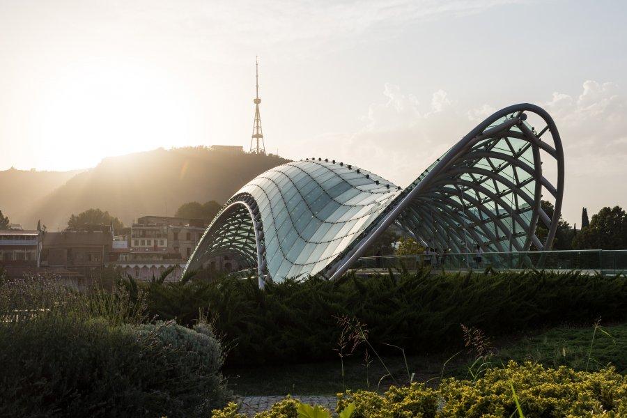 Pont de la paix à Tbilissi, Géorgie