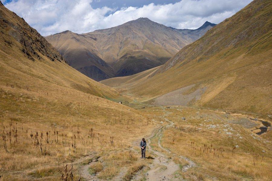 Randonnée dans la vallée de Sno, Juta, Kazbegi, Géorgie