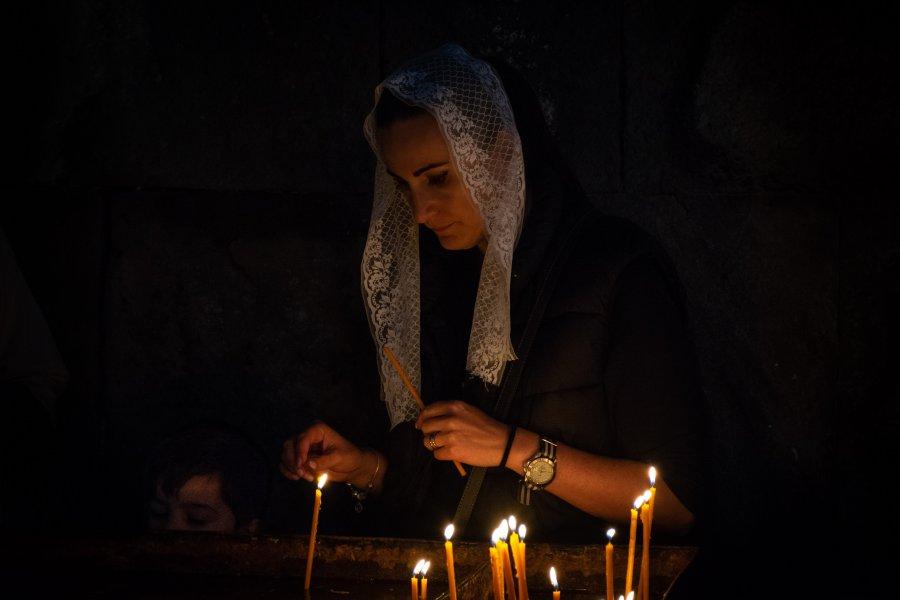 Bougies dans une église arménienne