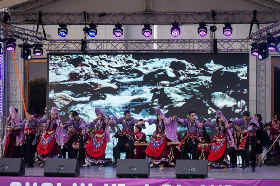 Danses traditionnelles arméniennes
