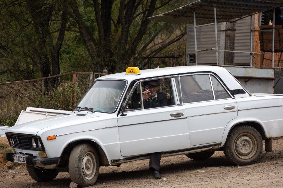 Taxi à Tatev en Arménie