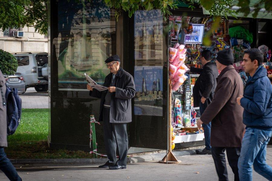 Scène de rue à Bakou, Azerbaïdjan