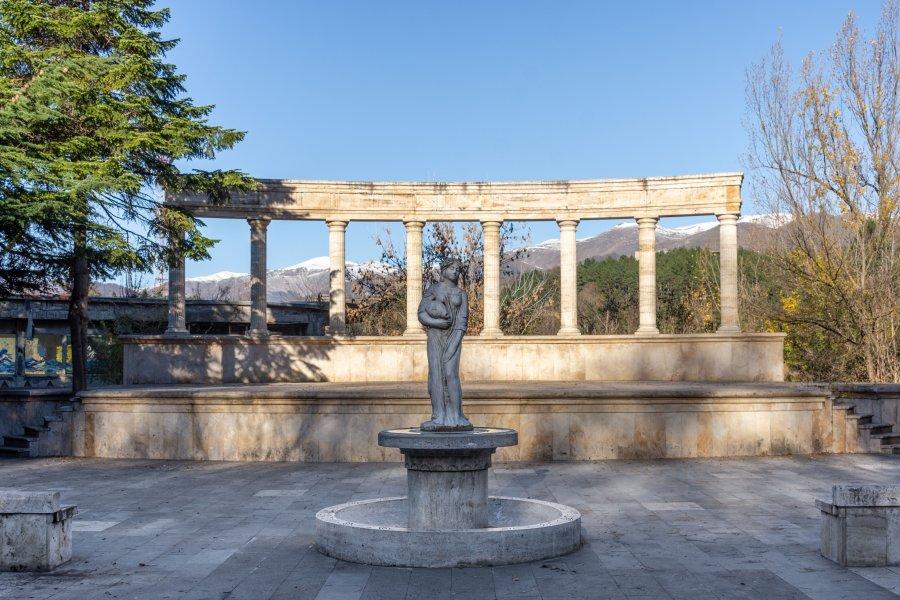 Statue à Dilijan en Arménie