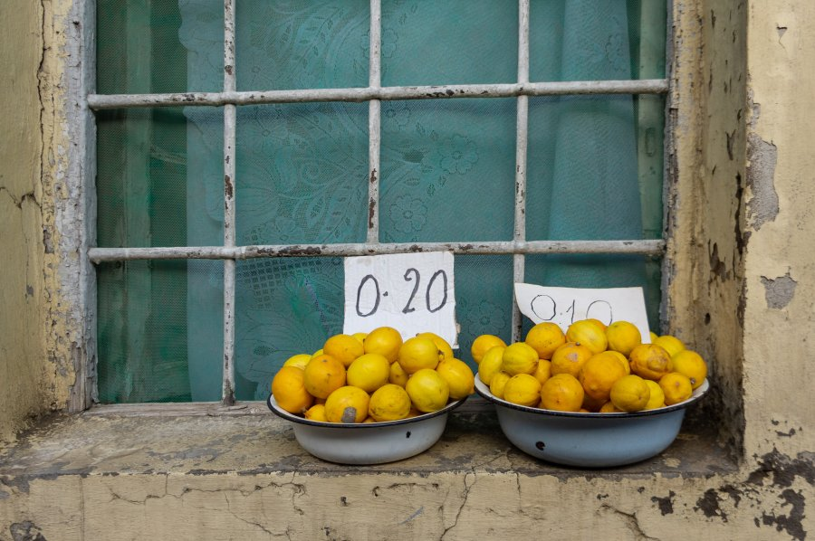 Vendeur de citrons à Bakou