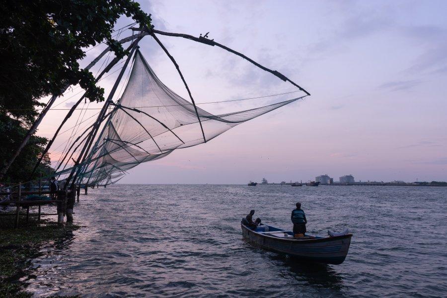 Filets de pêche chinois à Fort Cochin, Kerala, Inde