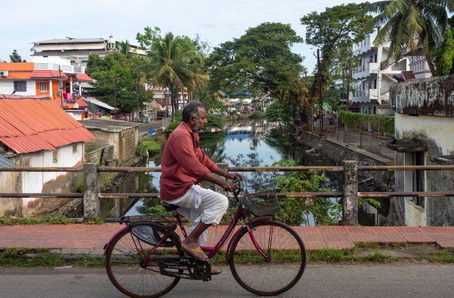 Indien à vélo dans Cochin, Kerala, Inde