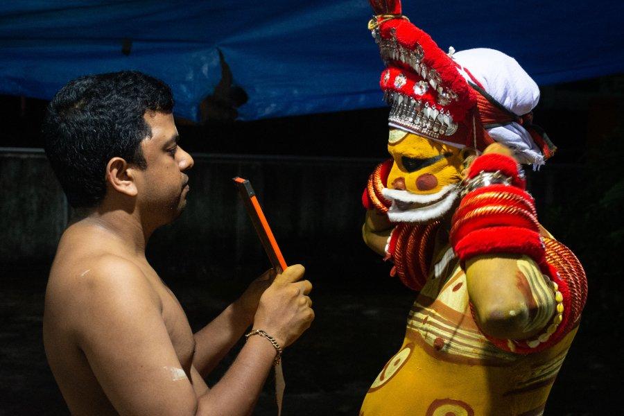 Cérémonie de Theyyam, Kannur, Kerala, Inde