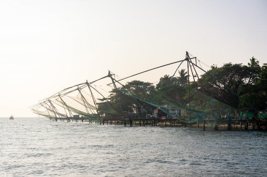Filets de pêche chinois à Vypeen, Cochin, Inde