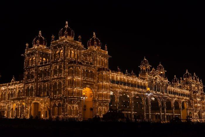 Palais de Mysore illuminé, Karnataka, Inde