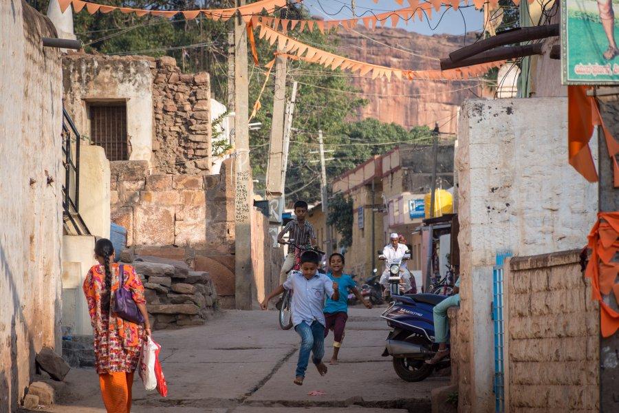 Slums de Badami, Karnataka, Inde
