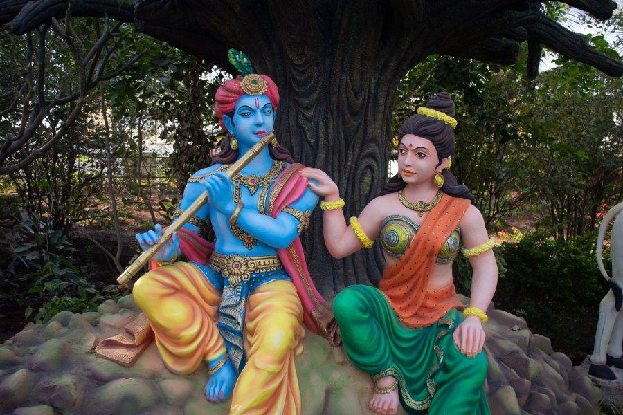 Dieux hinous au Shvgiri temple à Bijapur