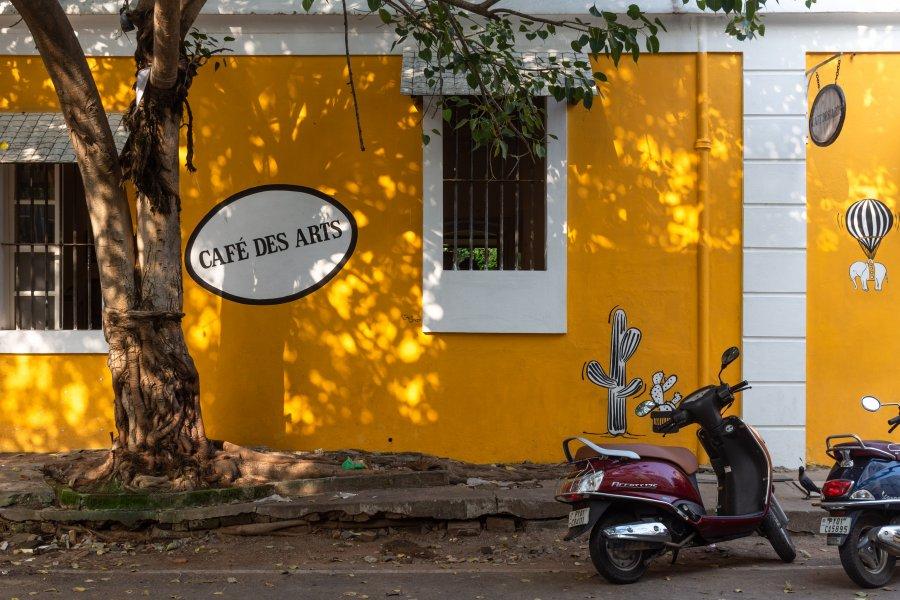 Café mignon à Pondichéry, Inde
