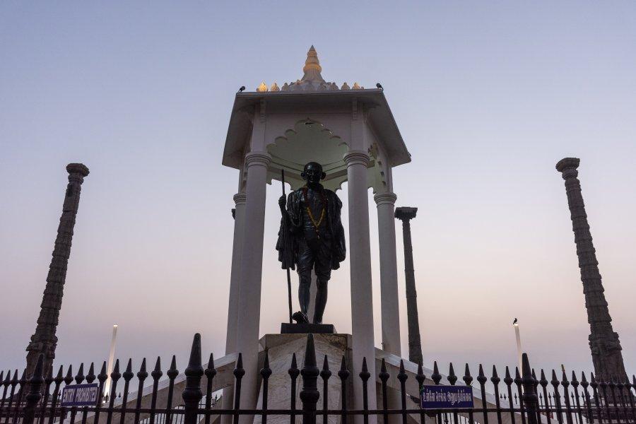 Statue de Gandhi à Pondichery, Inde