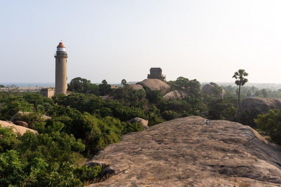 Phare et rochers à Mahabalipuram, Inde