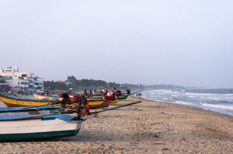 Plage de pêcheurs à Mahabalipuram, Inde