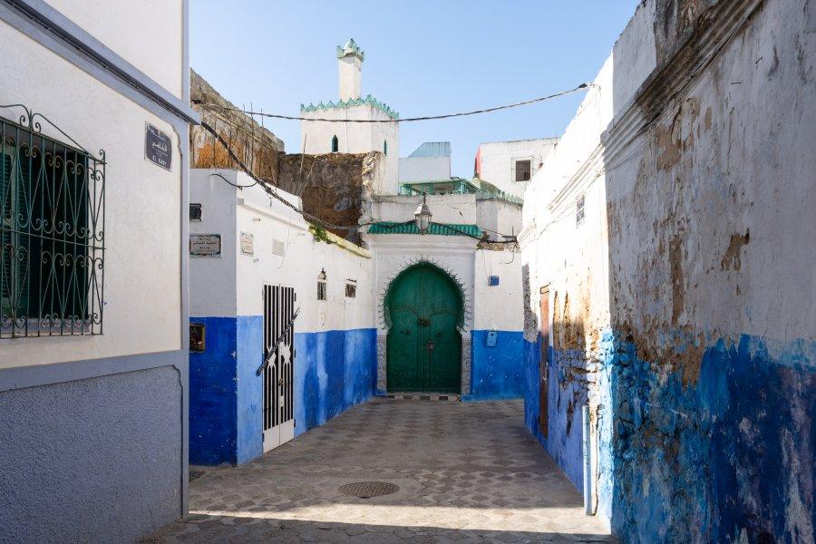 Ruelle de la médina d'Asilah au Maroc