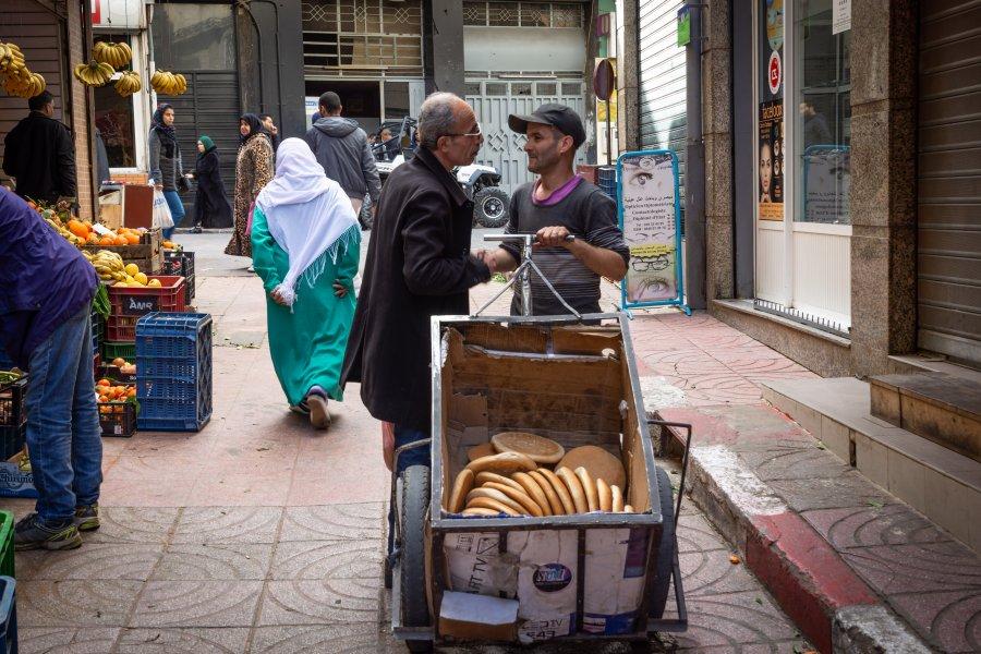 Vendeur de pain à Tanger