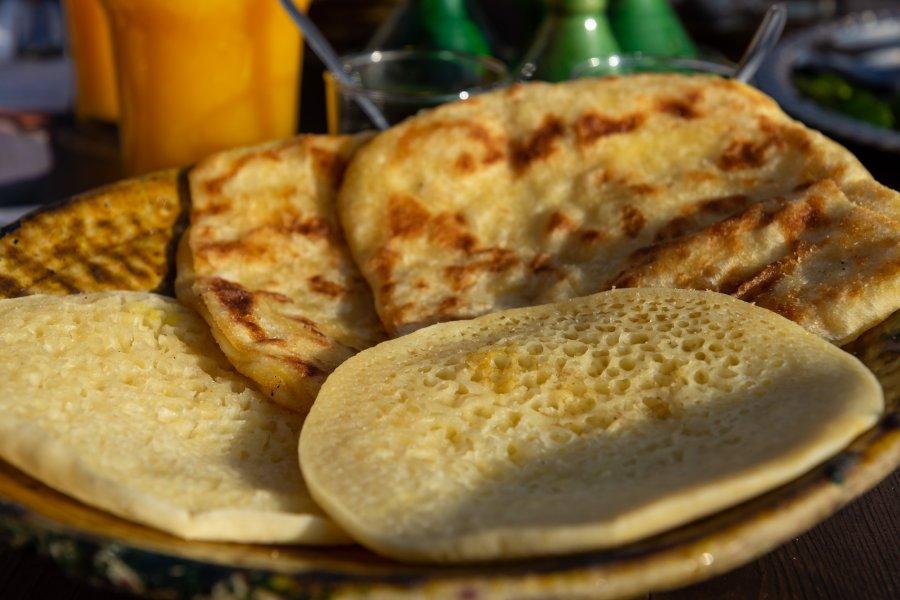 Baghrir et msemen, petit déjeuner marocain
