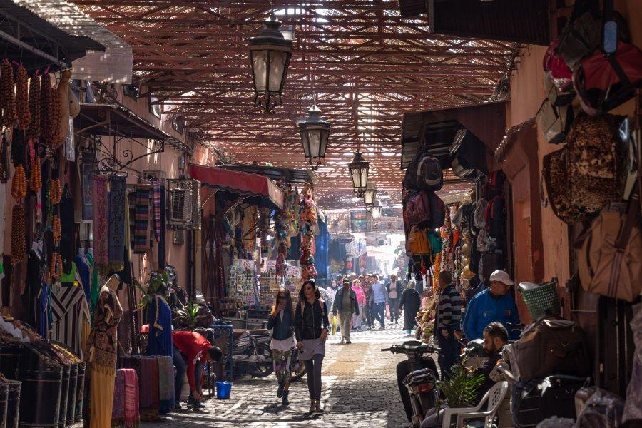Souk dans la médina de Marrakech