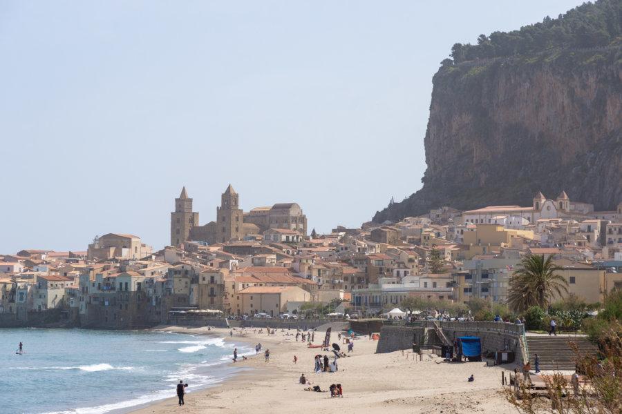 Ville de Cefalù en Sicile