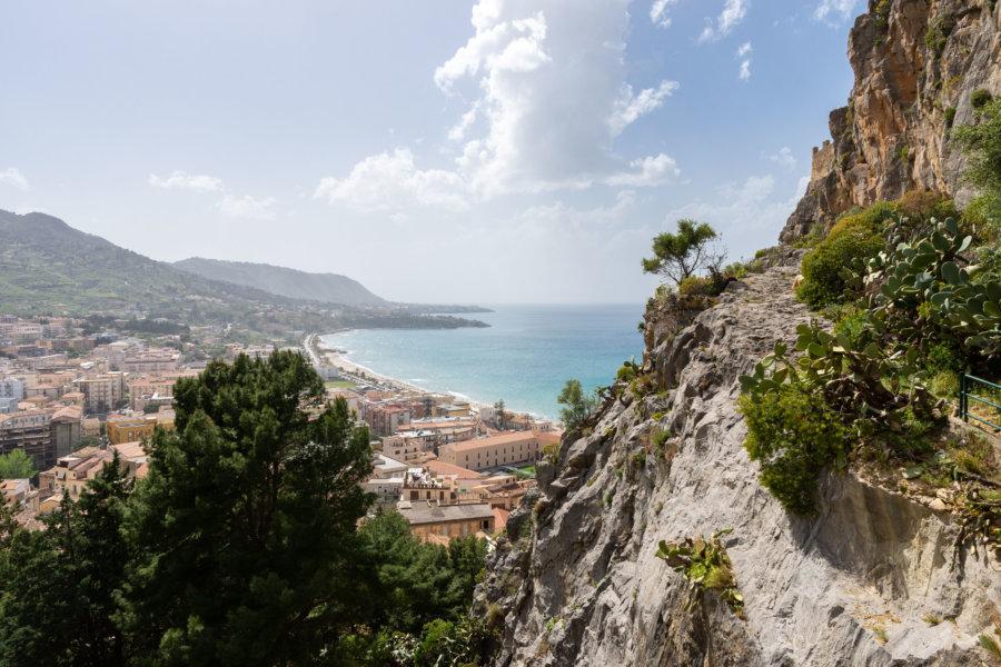 Vue sur Cefalù depuis la Rocca, Sicile