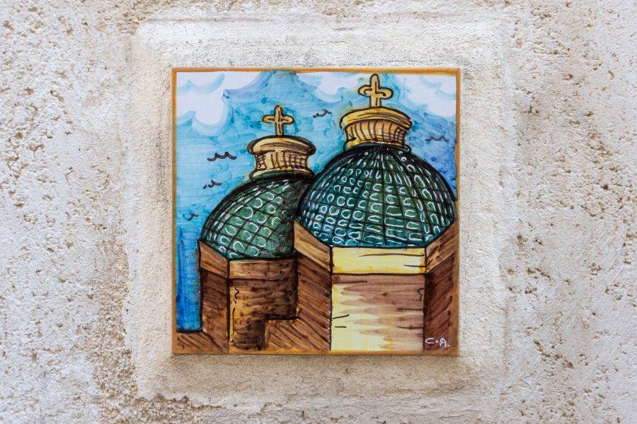 Céramique sur les murs de Mazara del Vallo