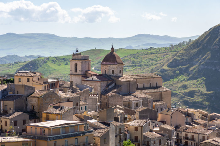 Village de Petralia Sottana, Italie